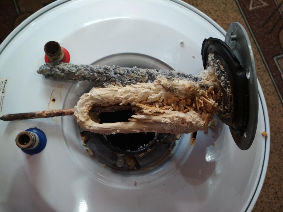 Накипь - первопричина поломки газового котла