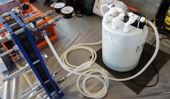 Чем промыть газовый котел от накипи?